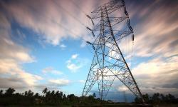Waarom een mogelijk stroomtekort de energieprijs onder druk zet
