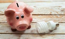 Lage energieprijzen: hoe gebeurt de aanpassing per type contract?