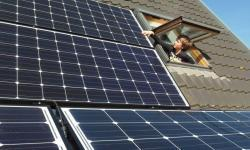 Thuisbatterij versus zonnepanelen: dit moet u weten