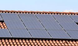 Beïnvloeden de hoge energieprijzen de rendabiliteit van zonnepanelen?